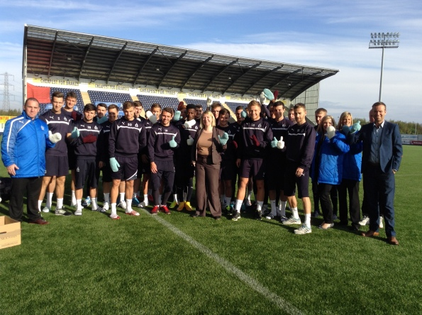 Falkirk FC Mitten Monday 2